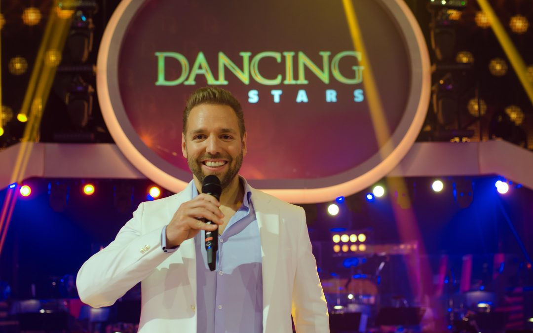 Dancing Stars 2020 Warm Up Host
