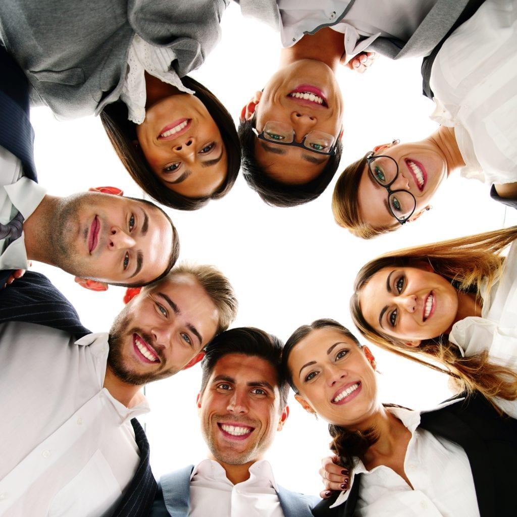 erfolgreich netzwerken zwischen arbeitskollegen